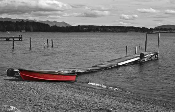 Little Red Boat by Gimpy-Dexter@deviantart.com