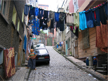 laundry time... © 2007 by patrickbateman@deviantart.com