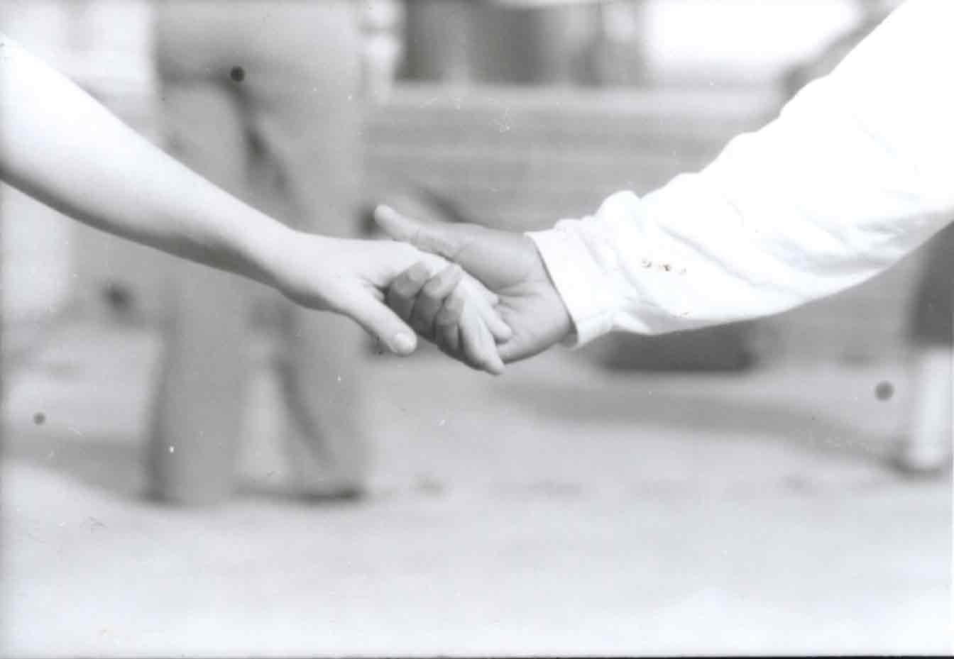 Holding Hands © orangevolvogrl86@deviantart.com (2003)