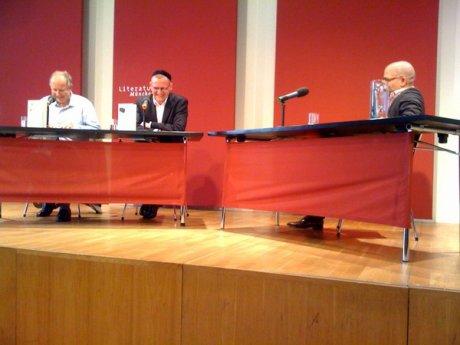 Axel Milberg, Benjamin Stein und Ijoma Mangold (v.l.n.r.) im Literaturhaus München (09.06.2010)