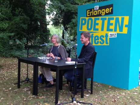 »Replay«-Lesung beim 32. Erlanger Poetenfestival im Erlanger Schlossgarten
