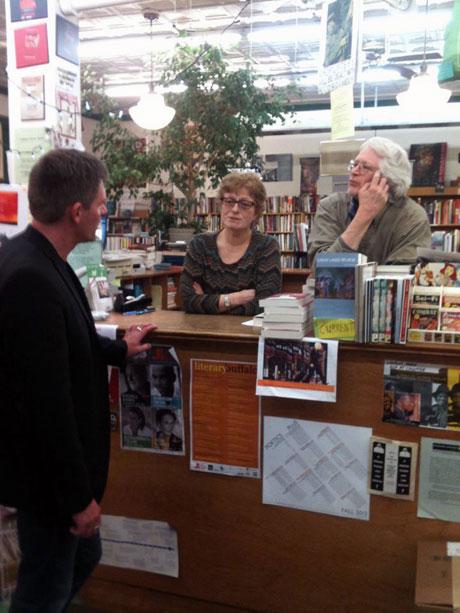 Im Gespräch mit den »Talking Leaves« Jonathon Welch und Lucy Kogler