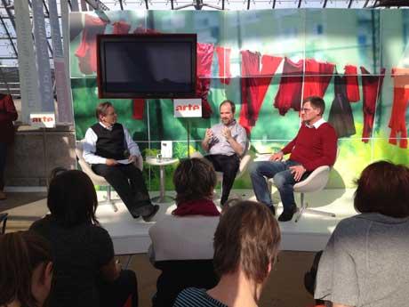 Bernd Zabel, Brian Zumhagen, Benjamin Stein im Gespräch auf dem arte-Stand