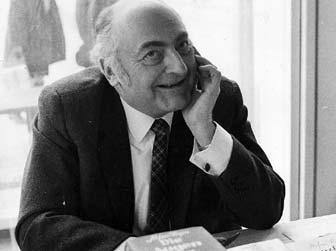 Stefan Heym auf einer Lesung 1970