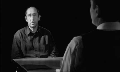 Szenenfoto aus dem Film »Das Verhör«
